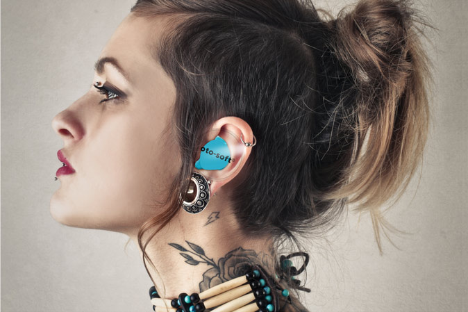 Nach einer individuellen Abformung beim Akustiker erhältst du deine maßgefertigten HEAROS.