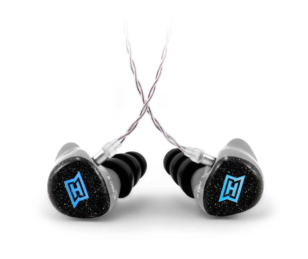Produktfoto des HEAROS PRO 4 unifit. Der HEAROS PRO 4 unifit ist ein angepasster In Ear Kopfhörer und spielt in der absoluten Profi-Klasse des In Ear Monitoring – für satten Sound für Musiker auf der Bühne und alle, die wirklich jedes Details hören wollen.